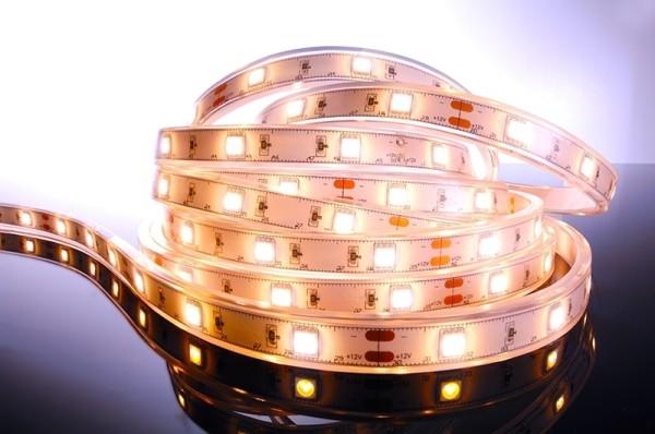 Flexibler LED Stripe IP67, 12V, 5 m Rolle, WW
