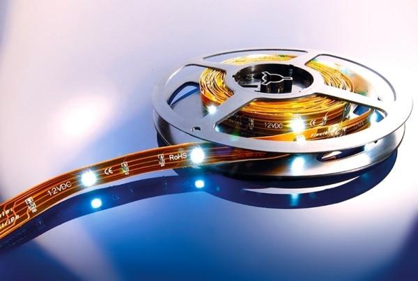 Flexibler LED Stripe, 5m Rolle kaltweiß 12V, IP 20
