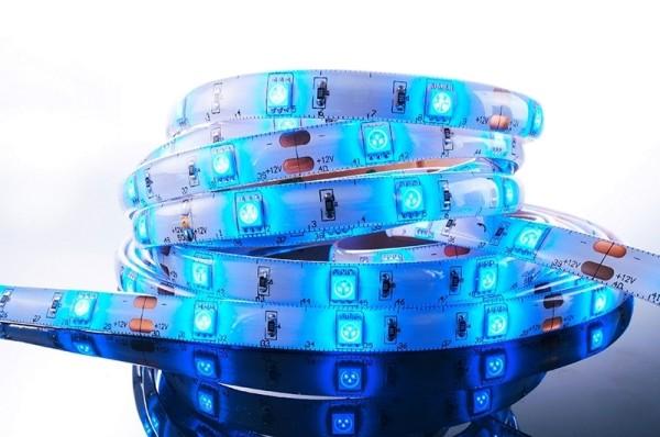 Flexibler LED Stripe IP 33, 12V, 5 m Rolle, blau